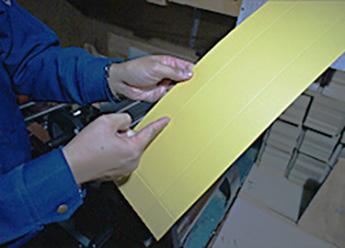 商品に合わせて箱の形状を提案します。